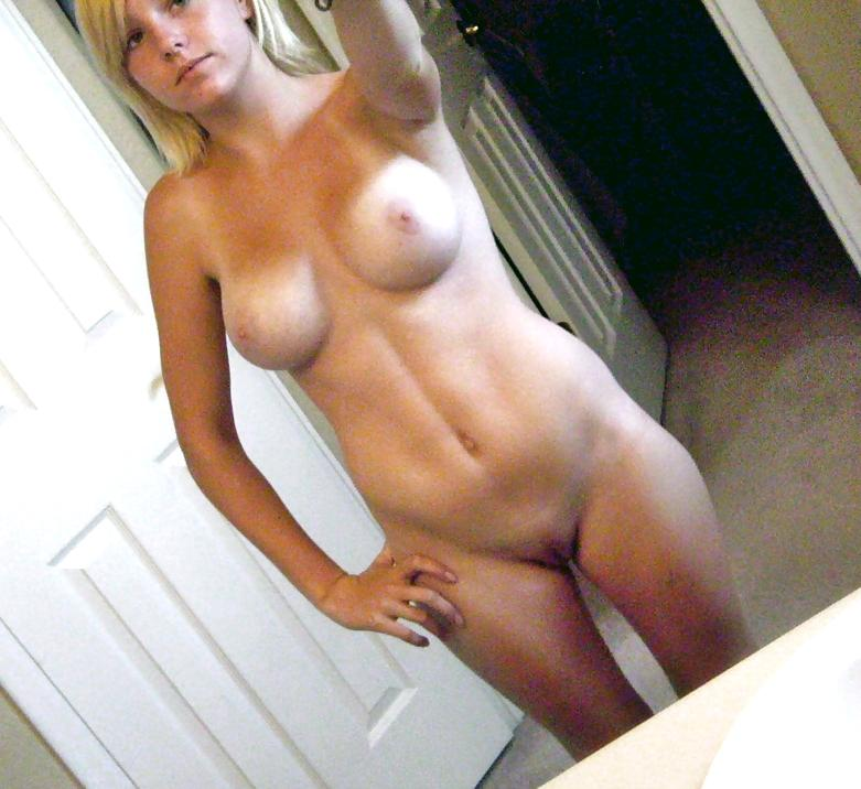 gorgeous mature mother with huge tits and perfect mature tmb