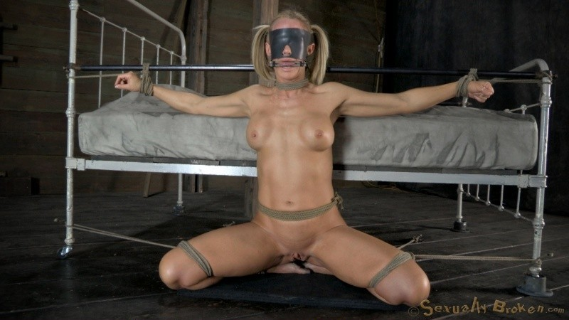 halo free videos watch download and enjoy halo porn