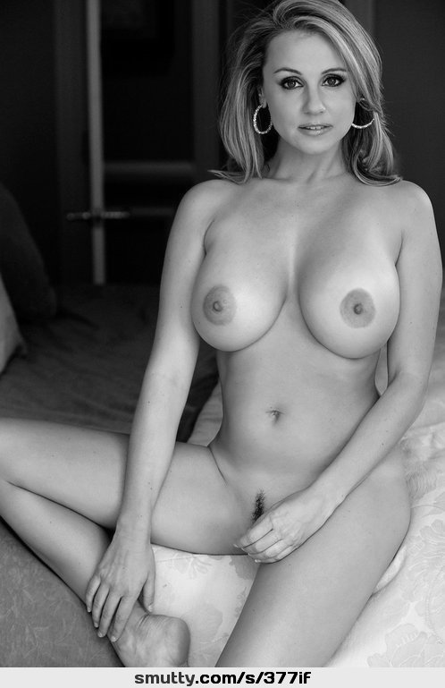 charlize theron nude 2 days in the valley