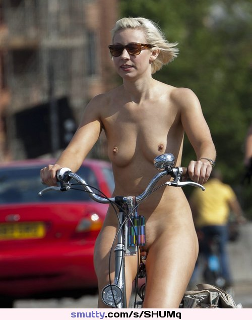 public bus flashing boobs cock panty #bike#bicycle#public#BottleBlonde#sweettits#SmoothPussy#shorthair#outside#Outdoor#outdoors#sweet#sunglasses