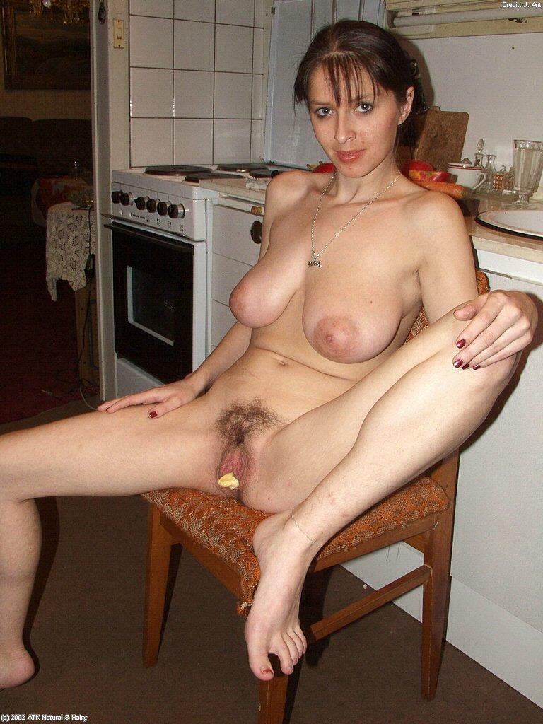chat with horny bitches for free and