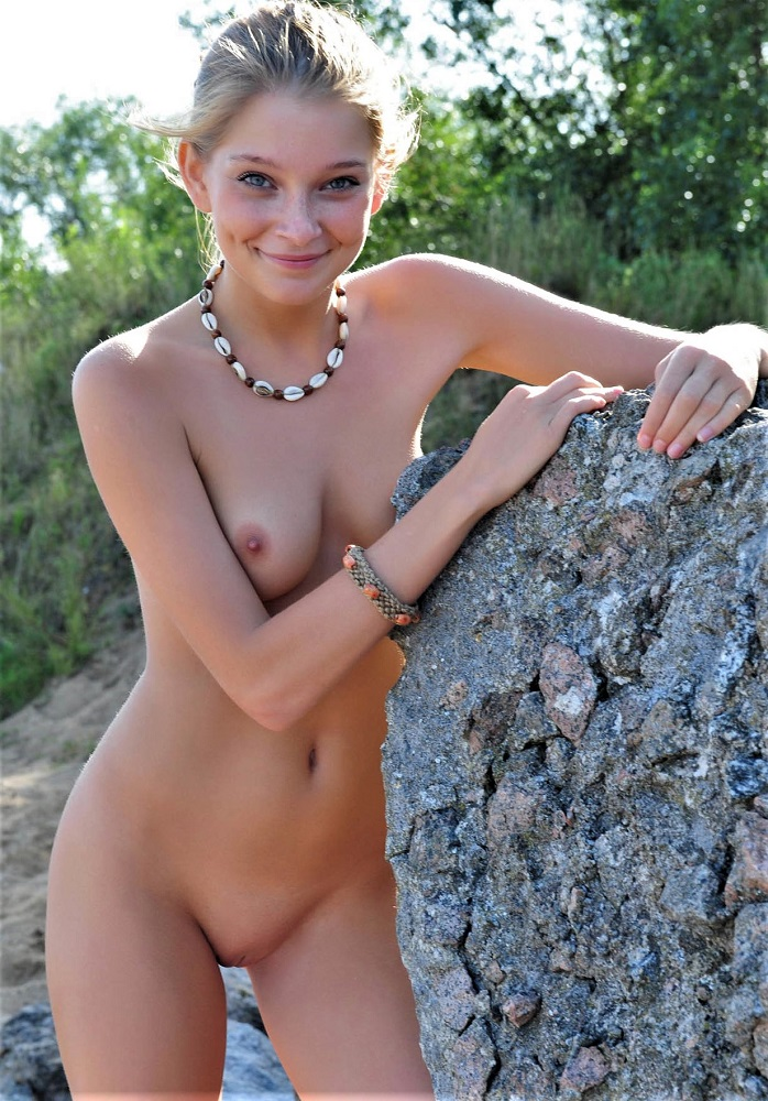 showing images for saggy tits hairy pussy xxx