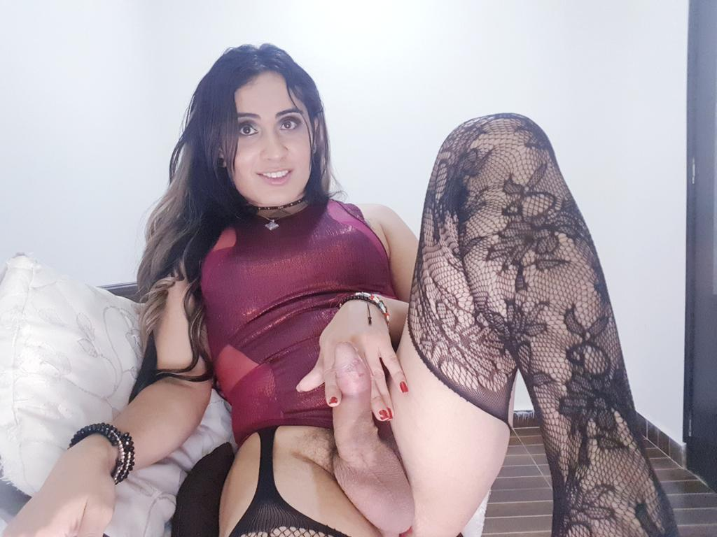 gorgeous curly haired brunette gets sweet cunt fucked her sexy man #shemale#LuisaLane#Colombian#darkhair#shemalebeauty#bigcock#uncutcock
